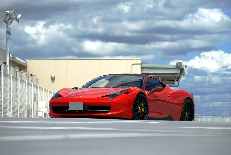 Ferrari 458 Italia Fitted with 21'' HFC7 Black
