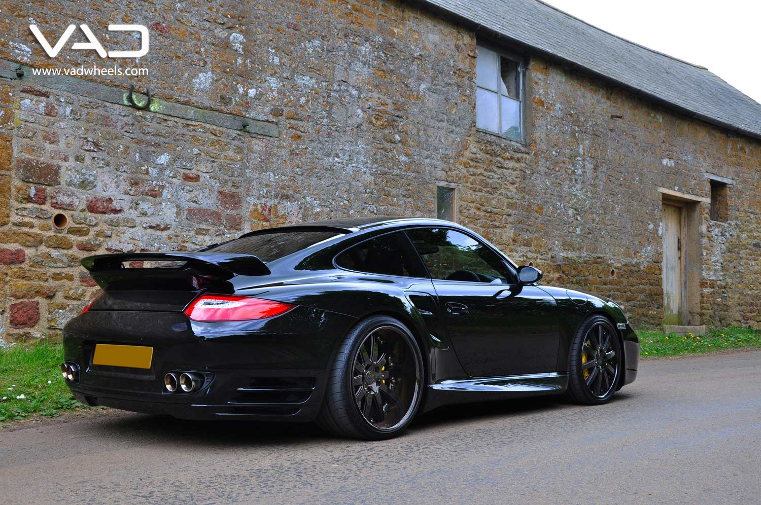Porsche-997-Turbo-Fitted-With-20''-Altstadt-F100--Black-Edition-Rear-Profile