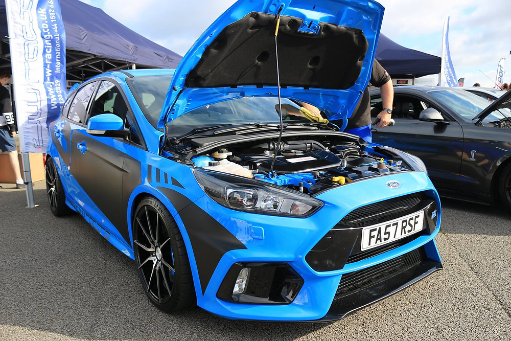 JW Racing Ford Focus RS