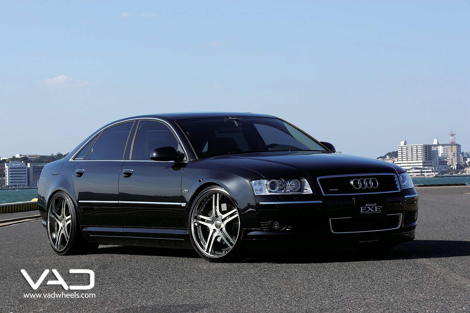 Audi-A8-Fitted-With-21''-Altstadt-S250