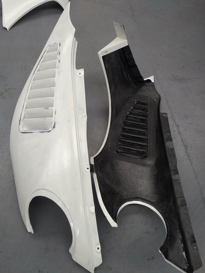 Porsche 997 R13 Front Vented Fenders