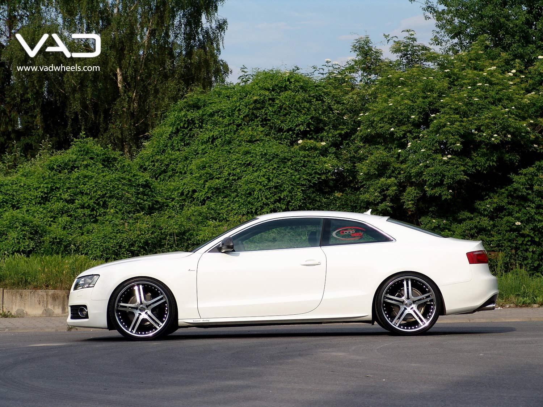 Audi-A5-21''-S250-Polished-Black-Detail