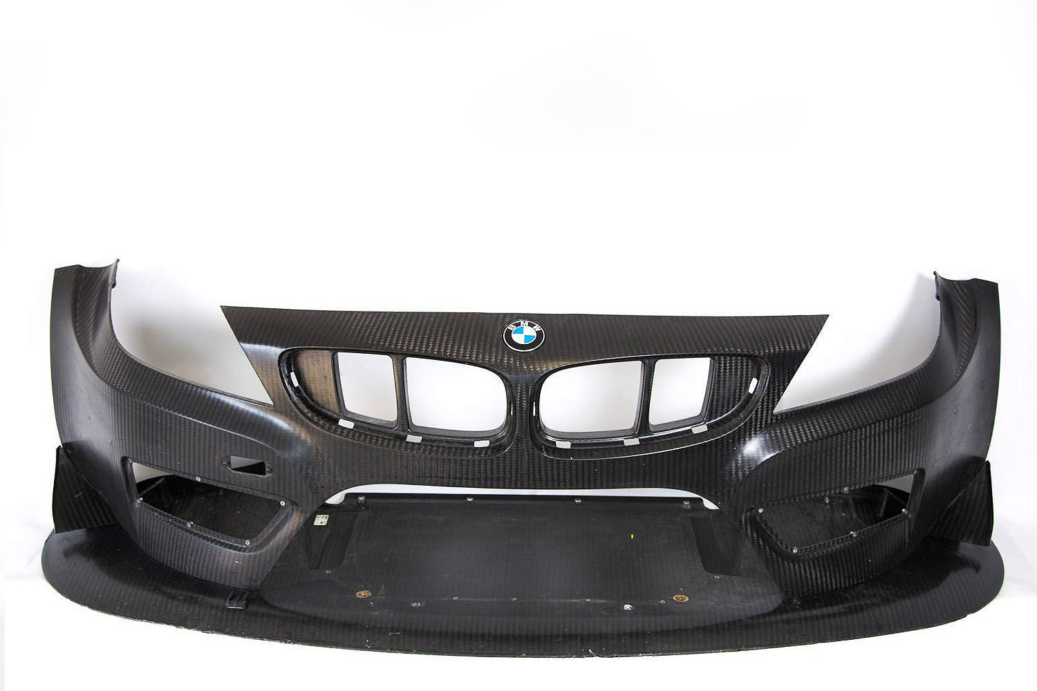 BMW-E89-Z4-GT3-Front-bumper-and-splitter