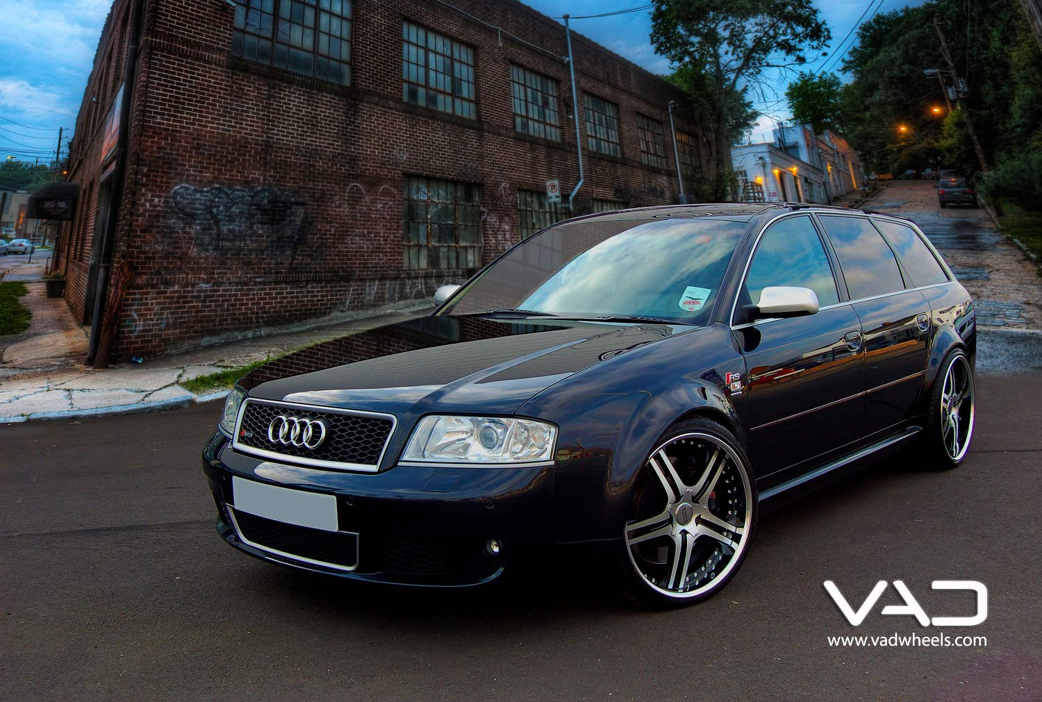 Audi-RS6-Fitted-With-20''-Altstadt-S250