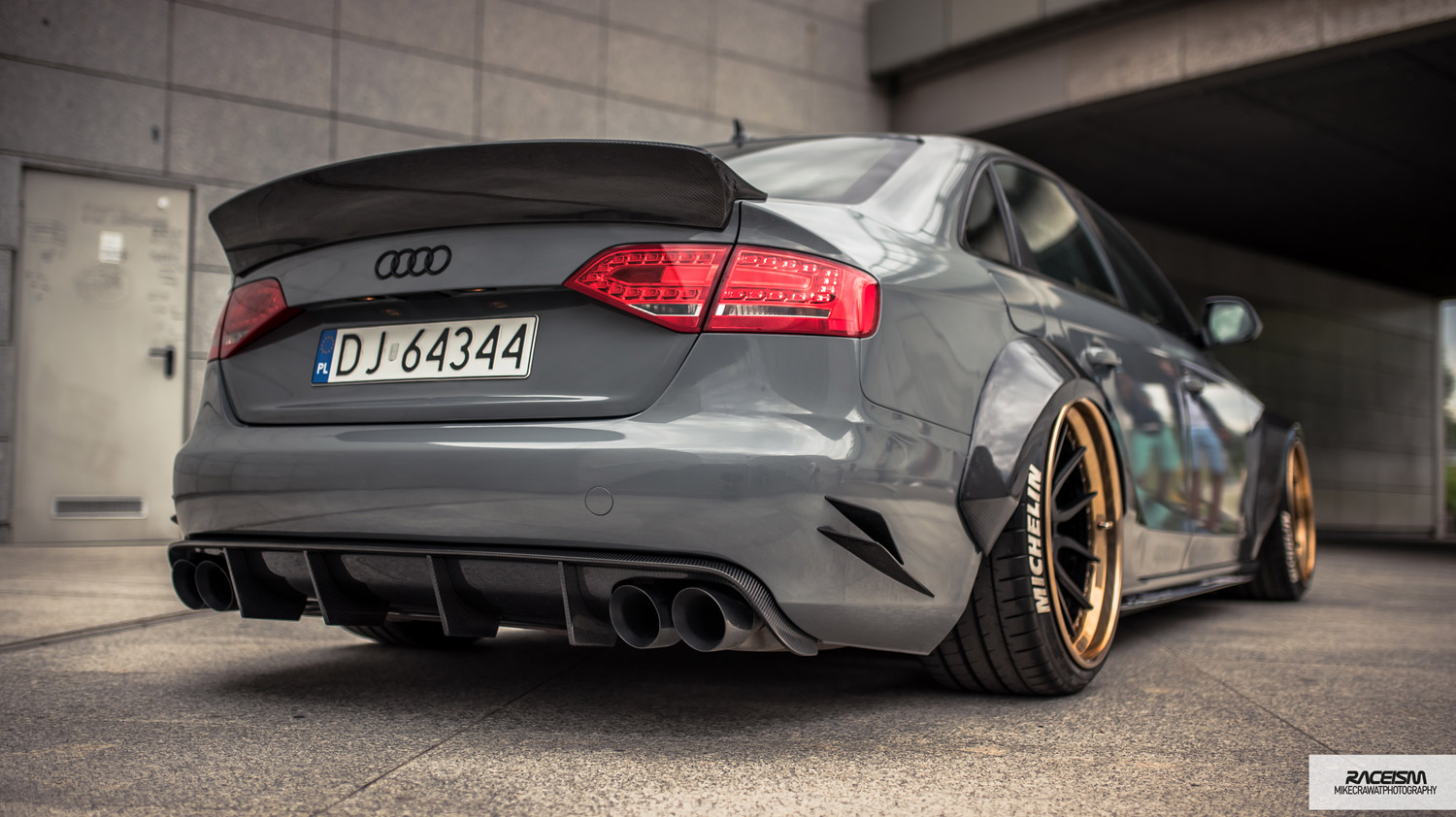 Audi A4 Carbon Rear Boot Duck Tail & Rear Diffuser