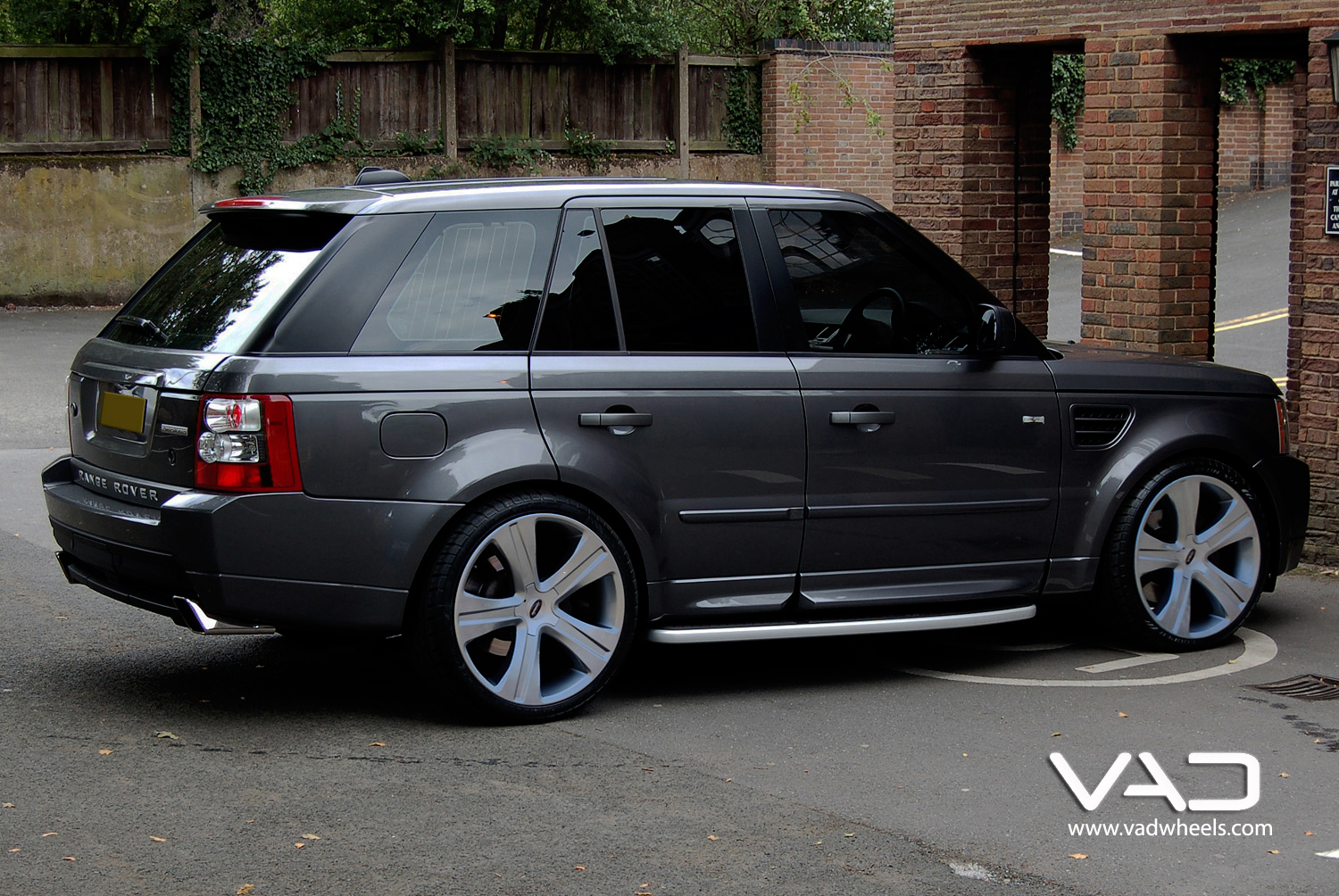 Range Rover Sport Fitted With Vogue Evo 22''