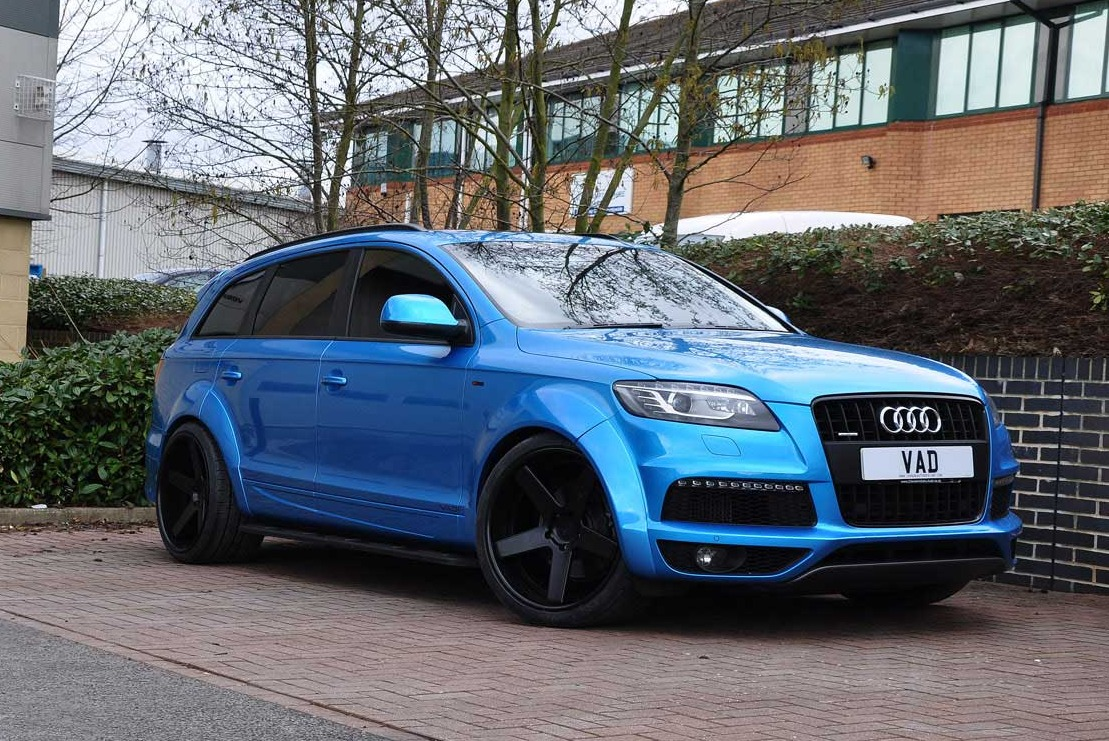Audi abt wide body q7 fitted with 22'' v