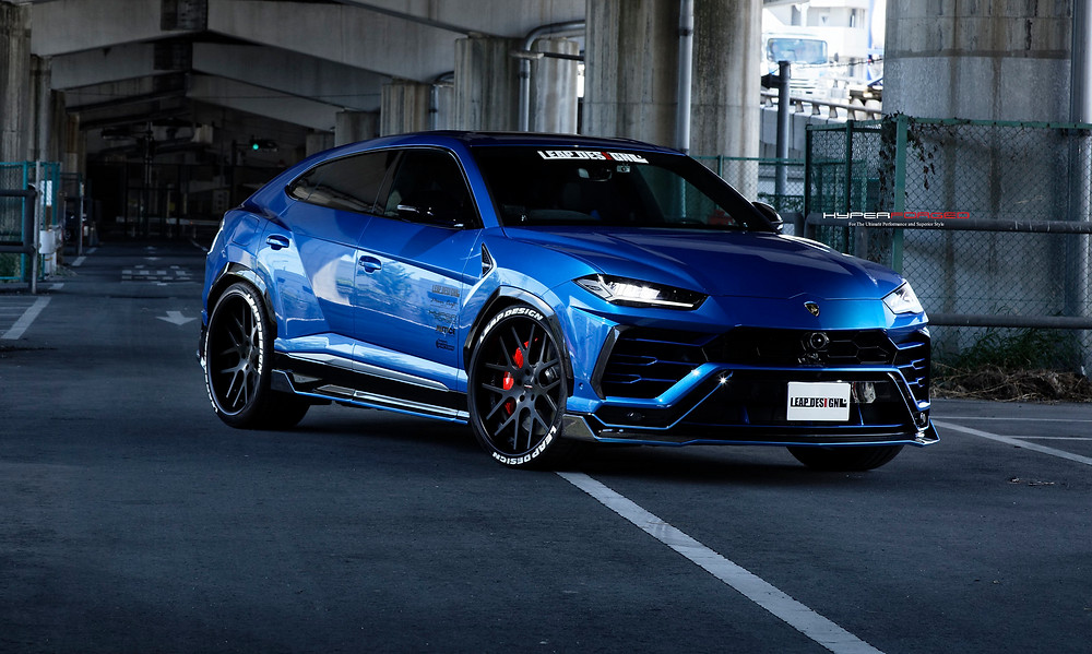 Lamborghini Urus, Enhancement program 24 inch wheels, carbon aero