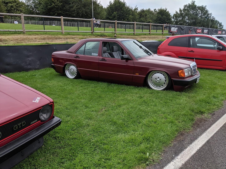 190E Goodwood Motor Circuit