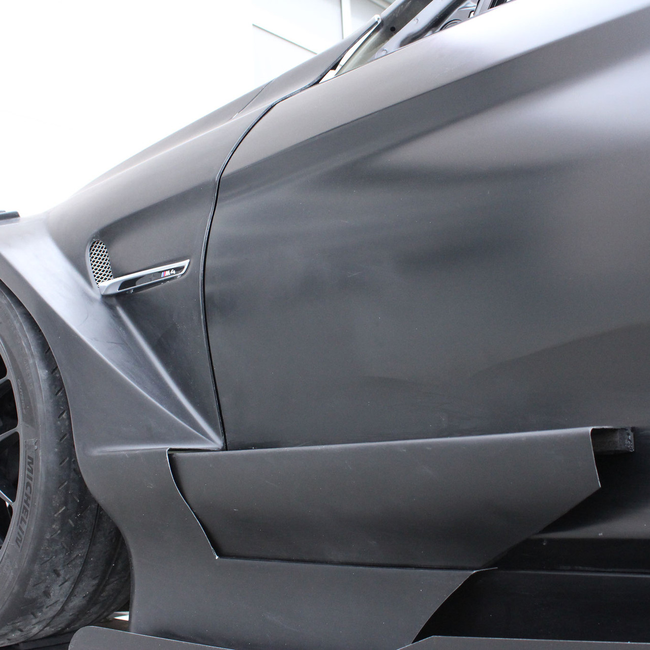 BMW M4 DTM Door pod