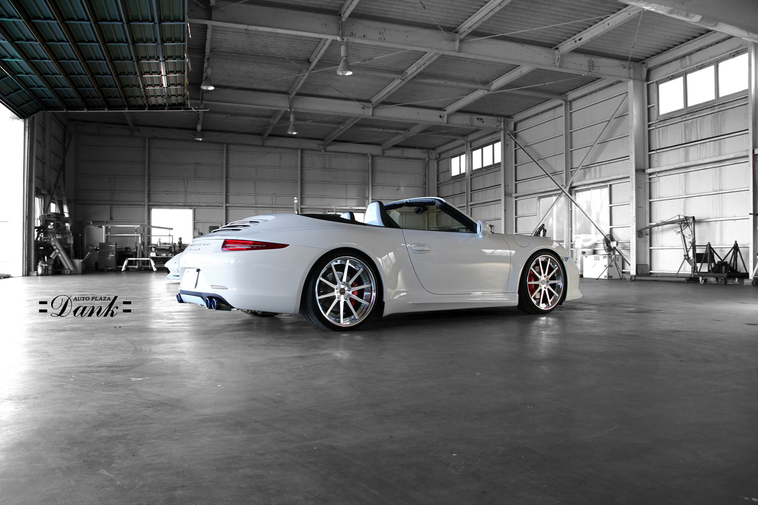 Porsche 991 Carrera fitted with 21'' HF_C10