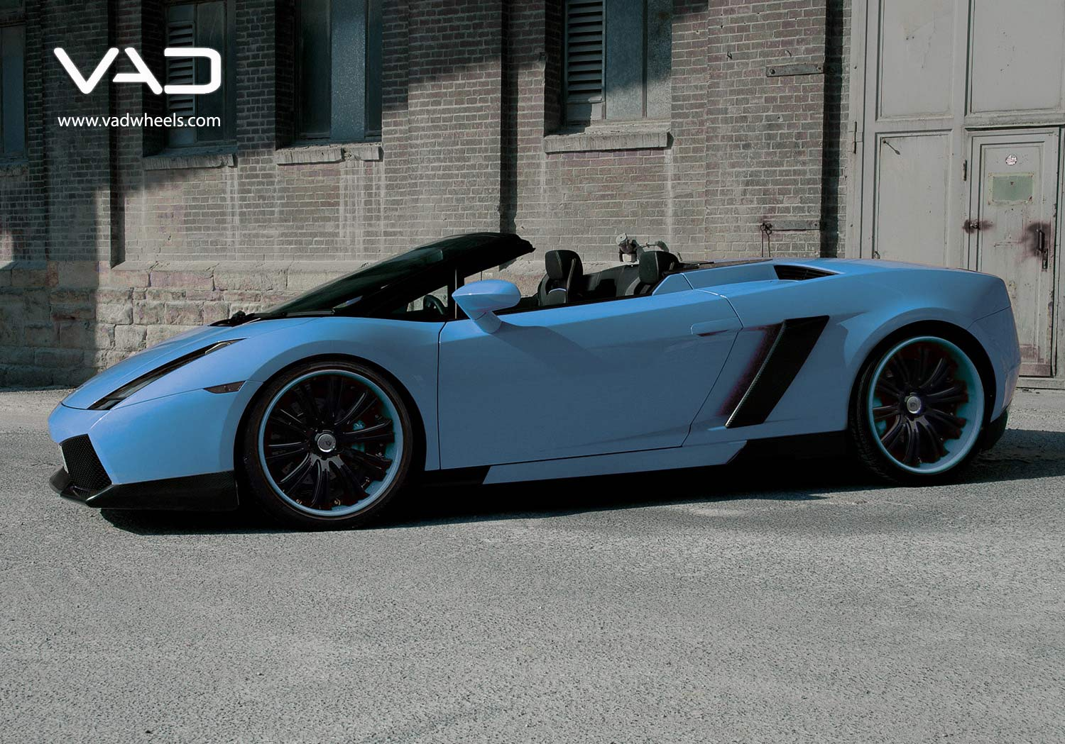 Lamborghini-Gallardo--Fitted-With-20''-Trafficstar-SFR-with-Coded-Lips
