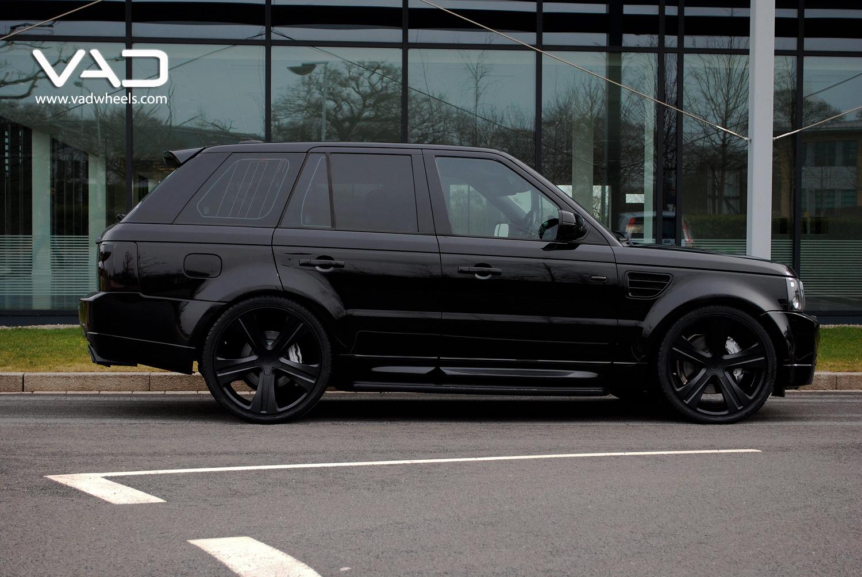 Black Range Rover Sport HST