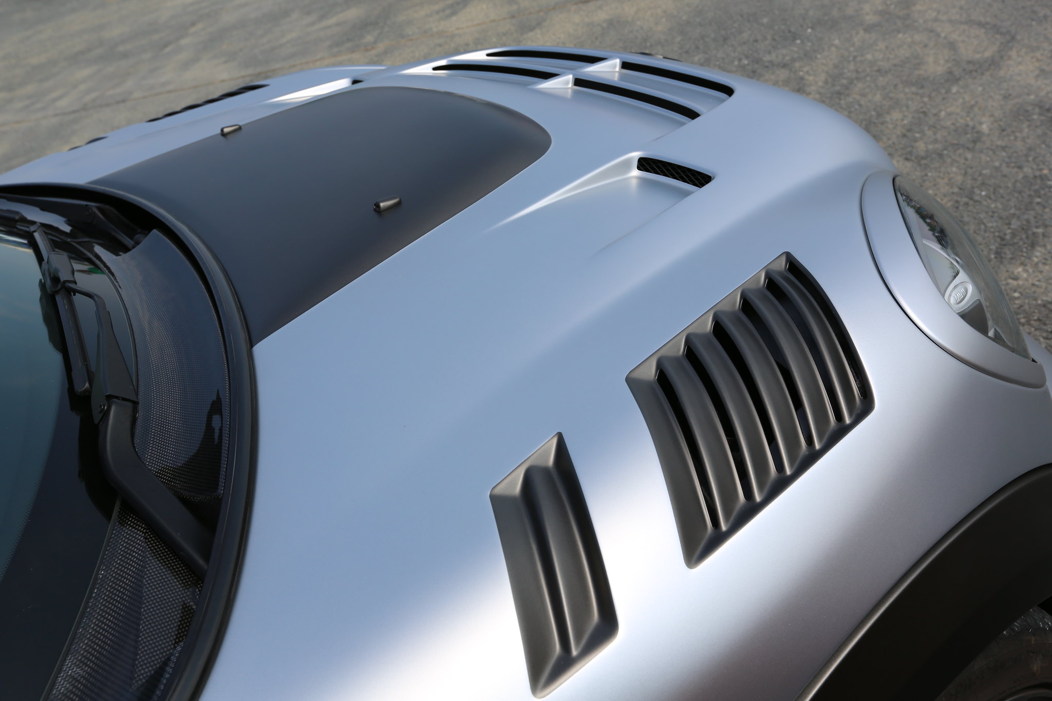 DuelL AG R60 Vented Bonnet