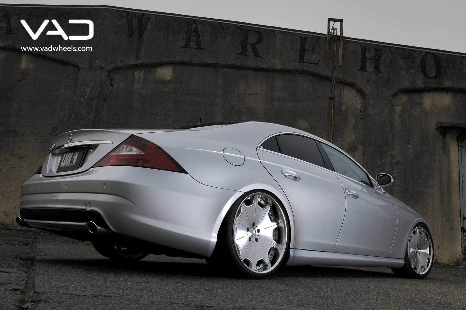 Mercedes-CLS-Fitted-With-20''-Trafficstar-DTX