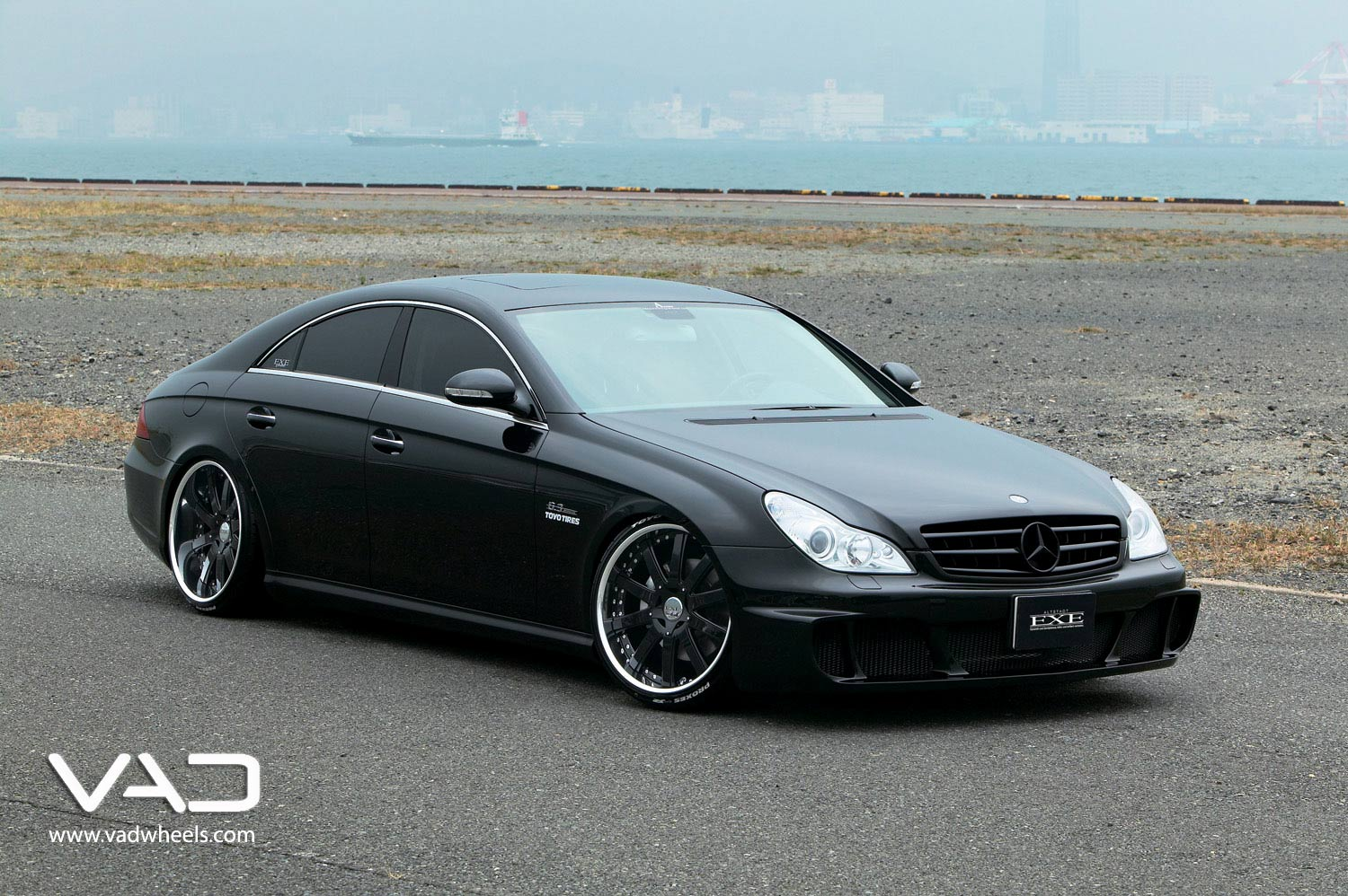 Mercedes-CLS-Fitted-With-20''-Altstadt-F100