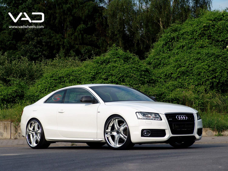 Audi-A5-Altstadt-S250-White-21''-Front-Shot