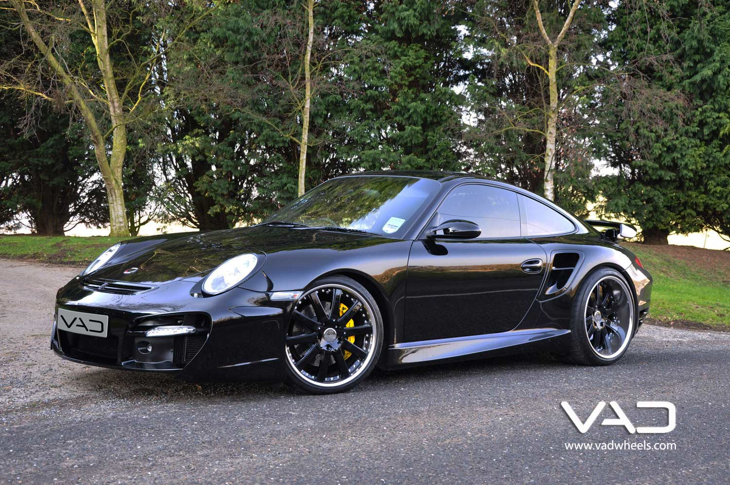 Porsche-997-Turbo-Fitted-With-20''-Altstadt-F100-Gloss-Black