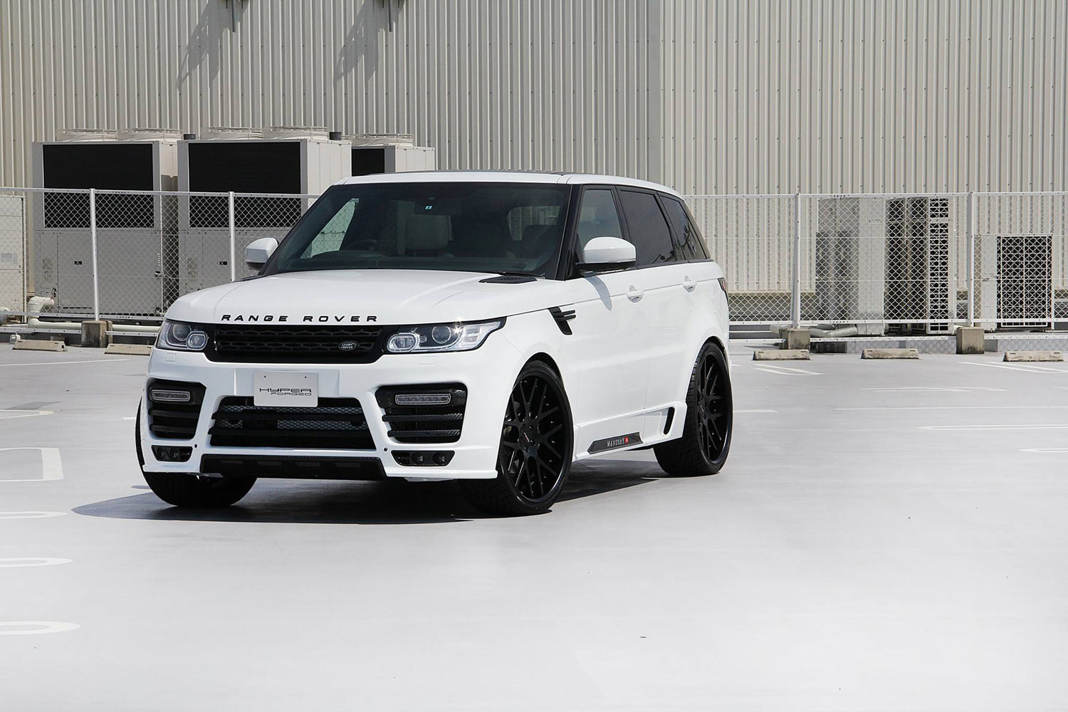 Mansory  Range Rover Sport fitted with 24'' HF_C7