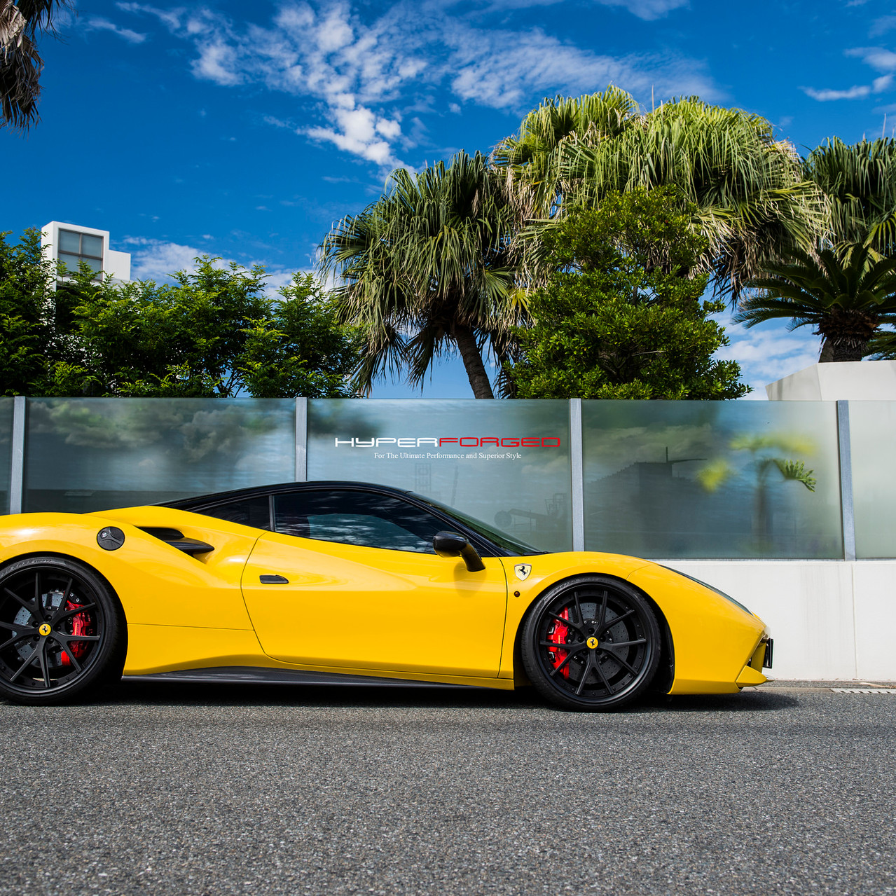Ferrari 488 Fitted With Hyper Forged LC5