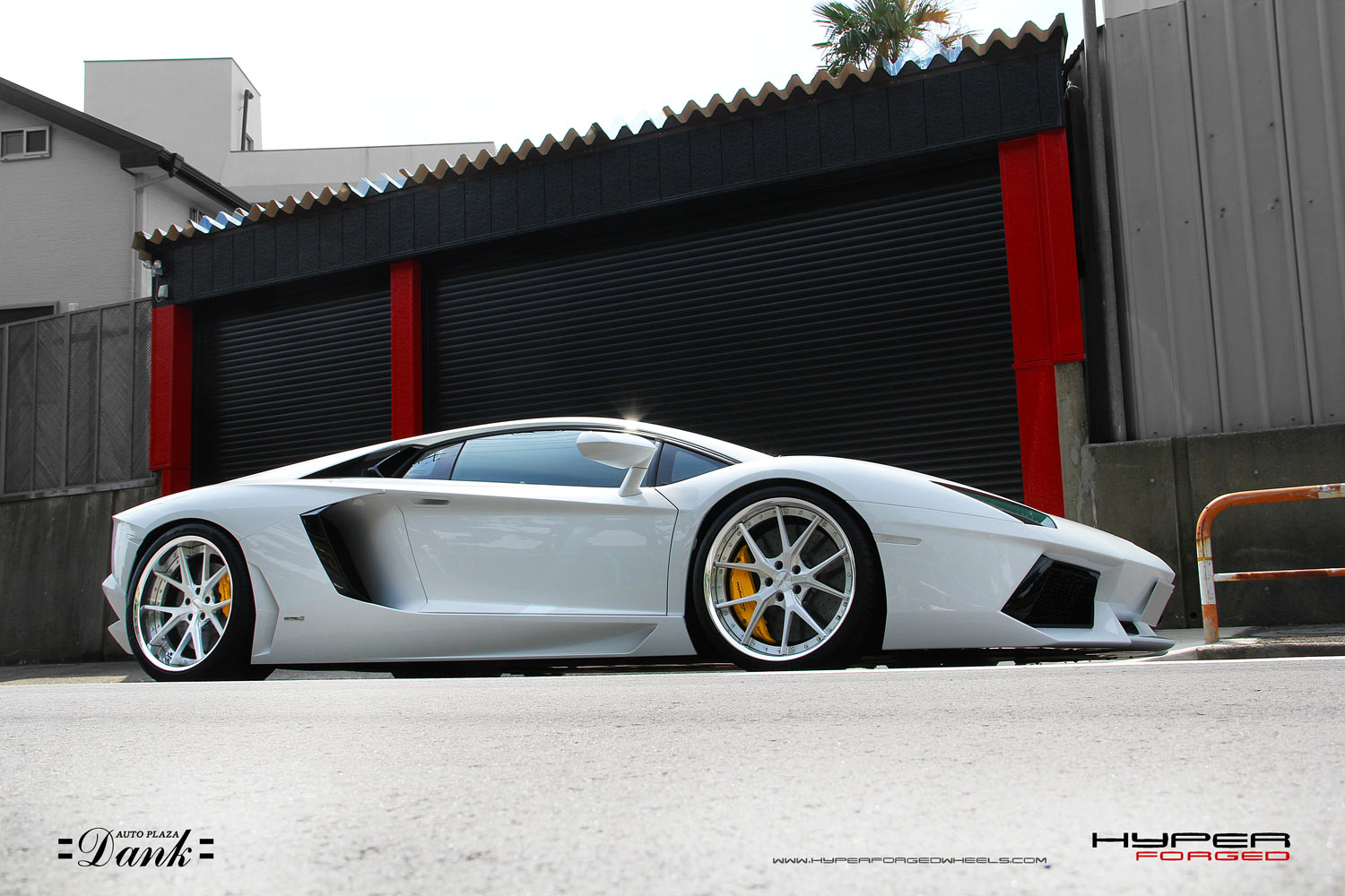 Lamborghini Aventador Fitted with 21'' HF_LC5