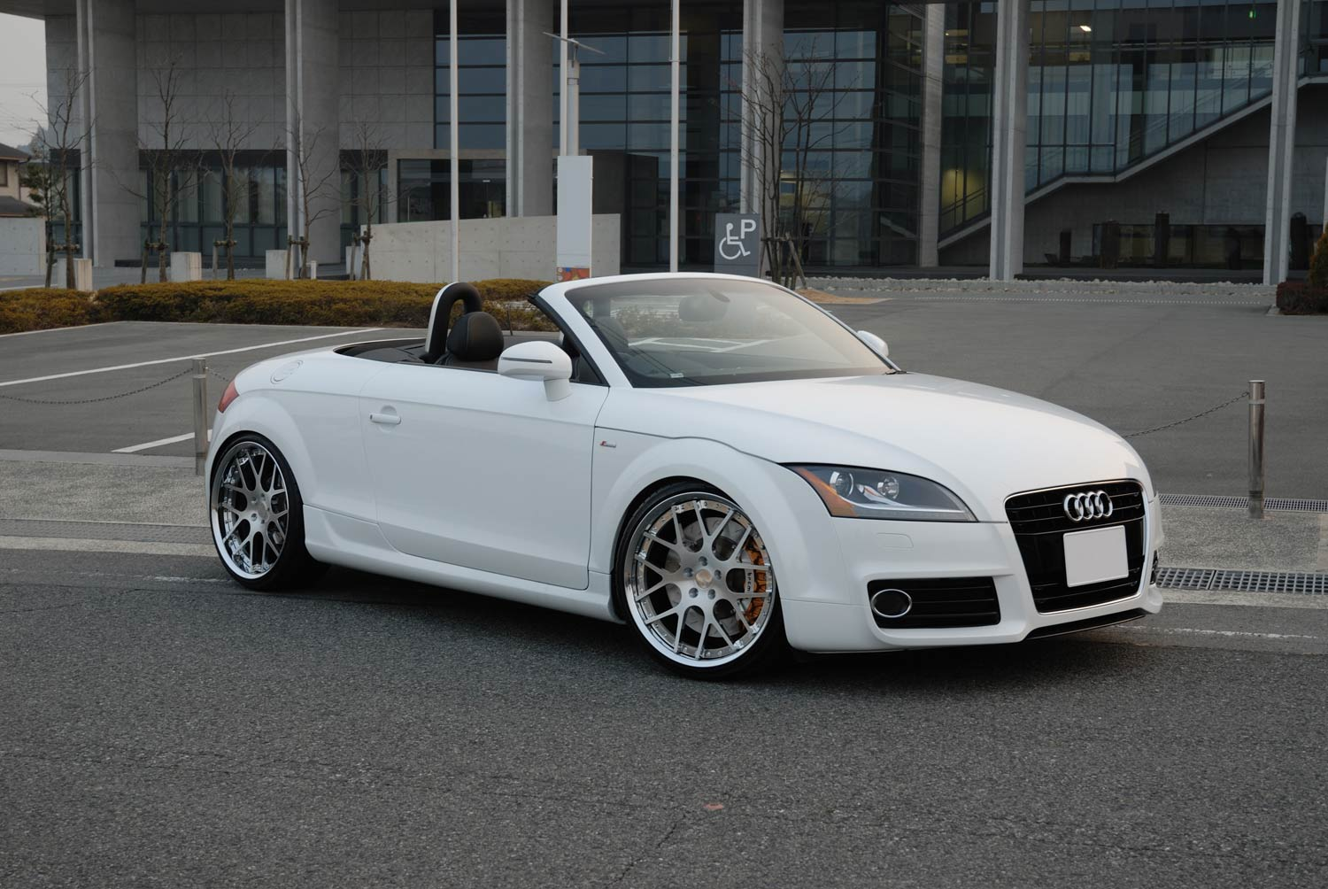 Audi TT Fitted with 20'' HF_C7