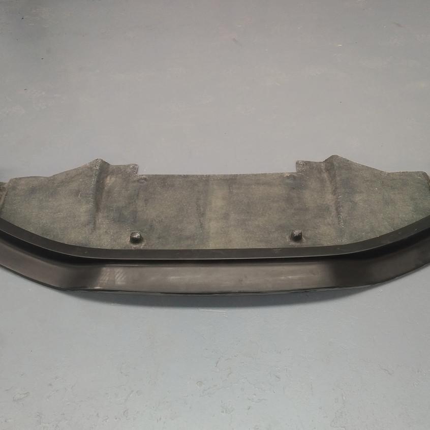 Nissan-GTR-Front-Splitter