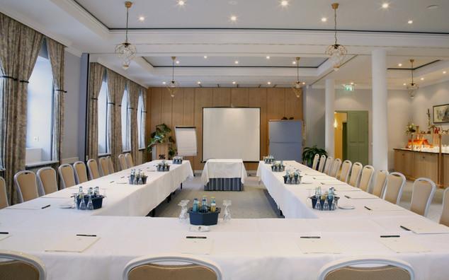 """Der Konferenzaum """"Fliederhof"""""""