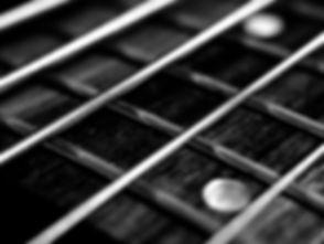 ausrustung-band-bass-blues-45177_edited_edited.jpg