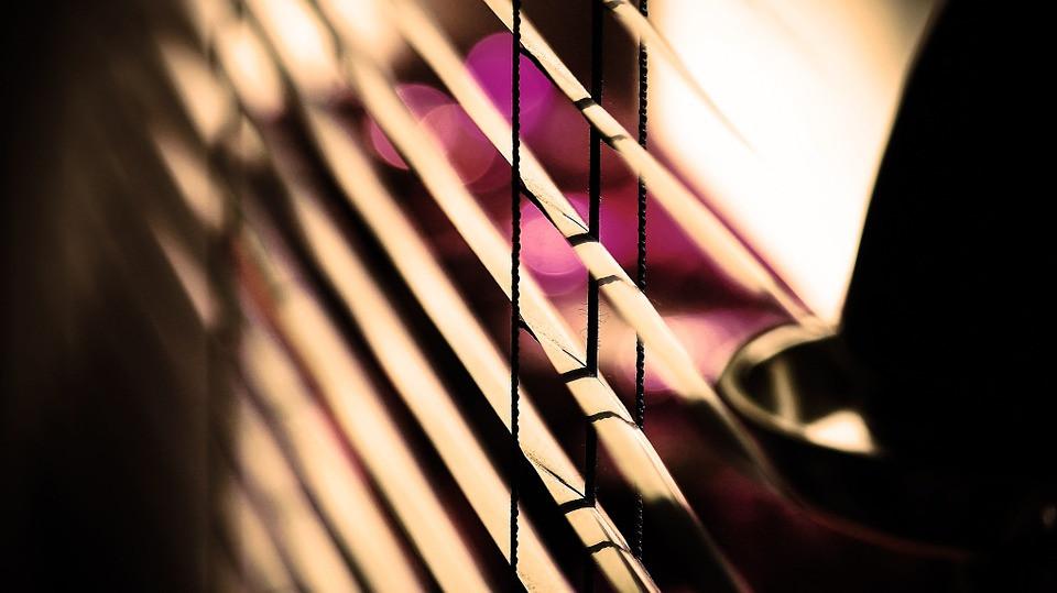 blinds-792635_960_720.jpg