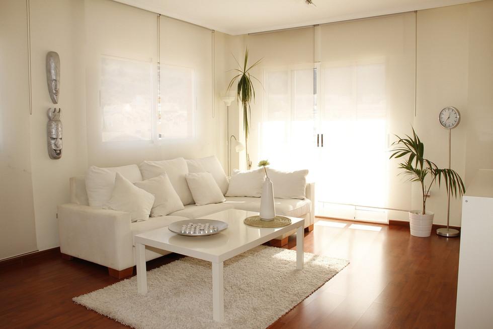 living-room-421842_1920.jpg