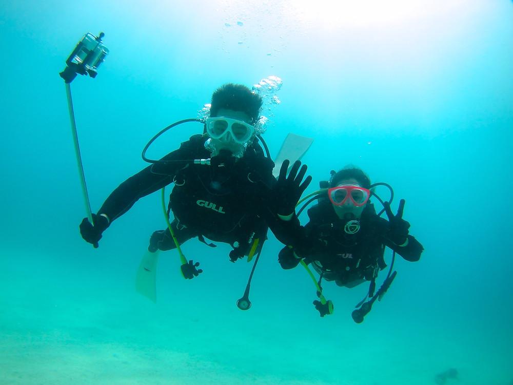 沖縄恩納村青の洞窟ジンベエザメ万座ダイビング