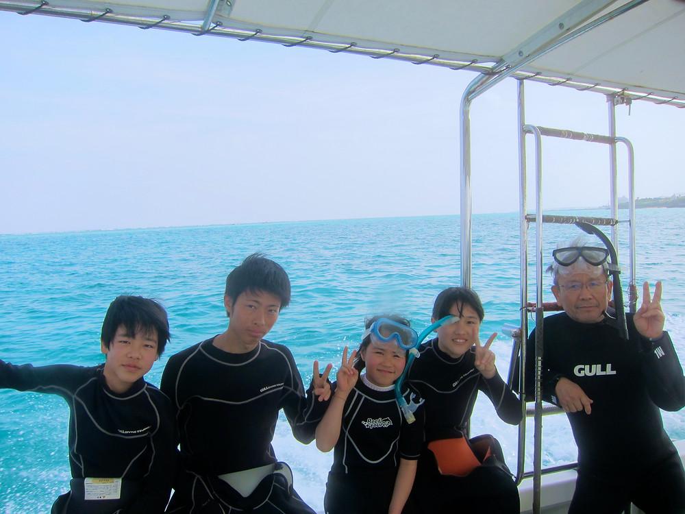 恩納村青の洞窟万座体験ダイビングスノーケリング