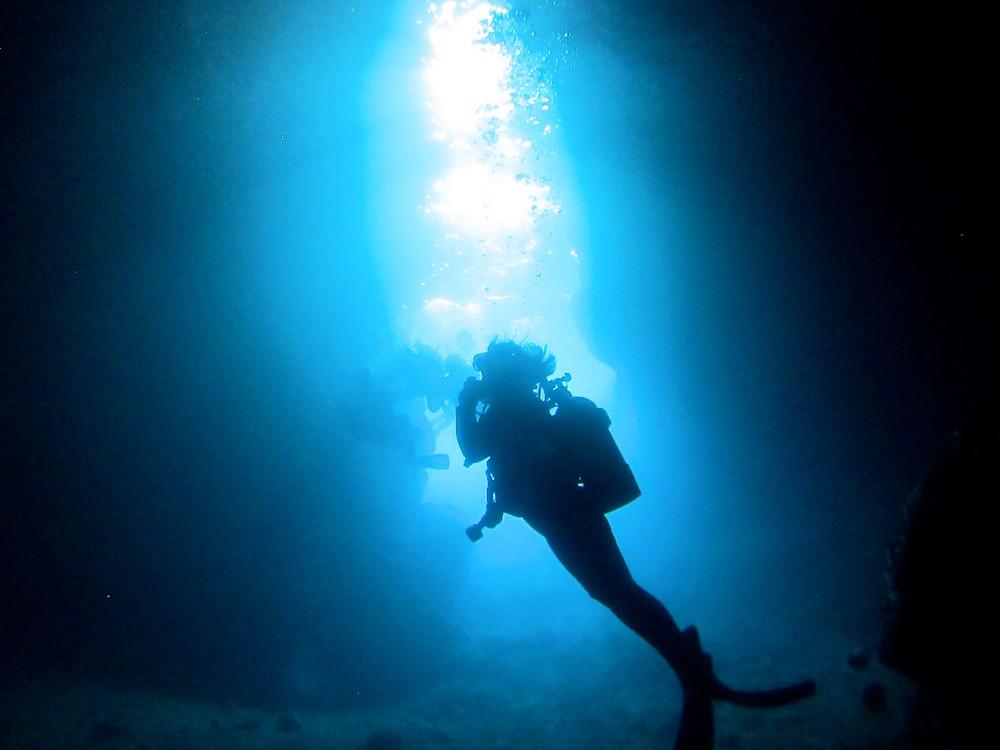 恩納村青の洞窟万座北部ダイビングSUP