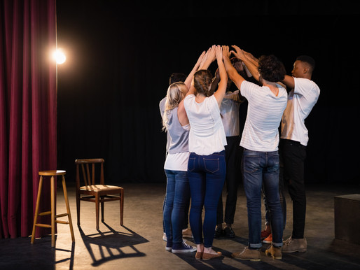 Teambuilding durch Theater.