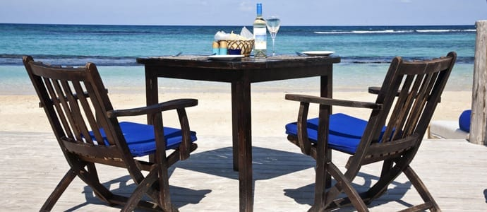 Bamboo-blu-beach-side-dining