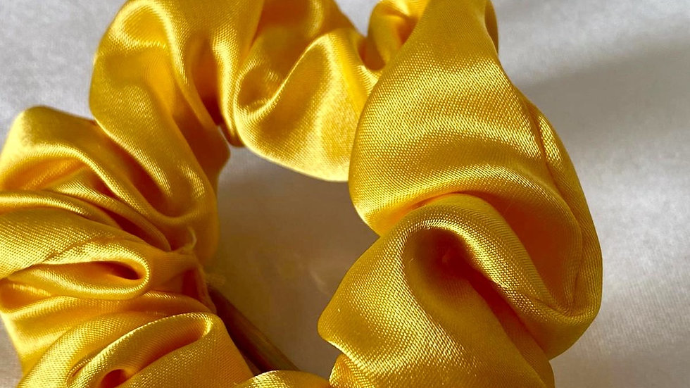 Sarı Saten Toka