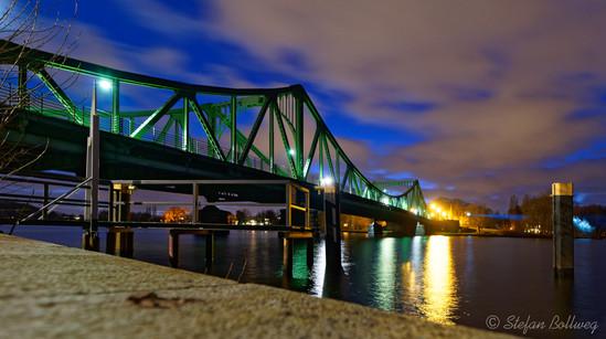 Die Glienickerbrücke mit Blick auf Potsdam