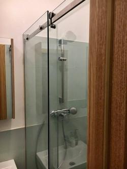 Раздвижной душ