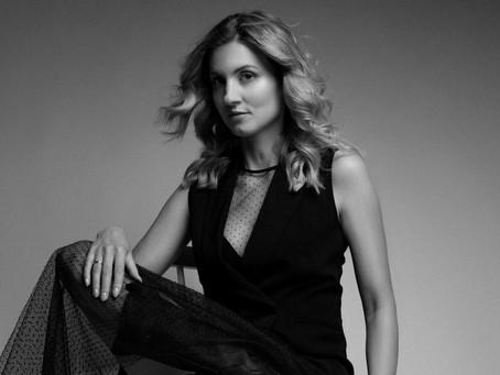 Projektantka, stylistka, kostiumografka: historia Katy Haratym