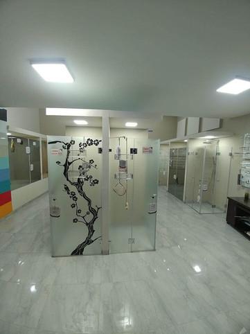 מקלחונים - כניסה 2