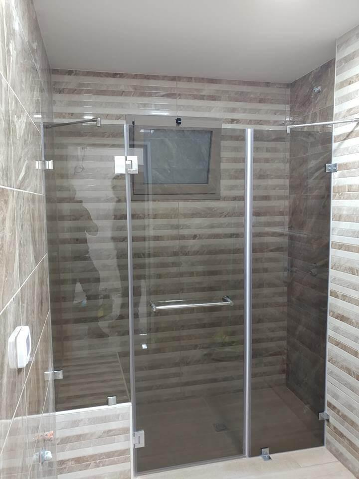 מקלחון חזית דוגמה 17