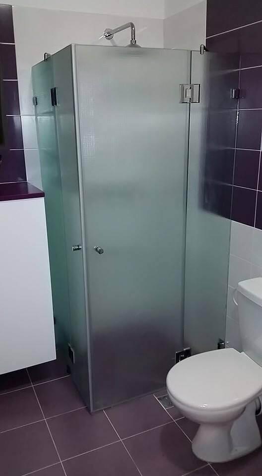 מקלחון פינתי דוגמה 4