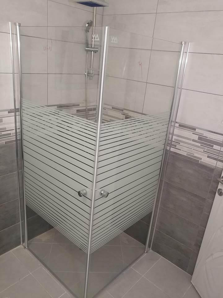 מקלחון פינתי דוגמה 12