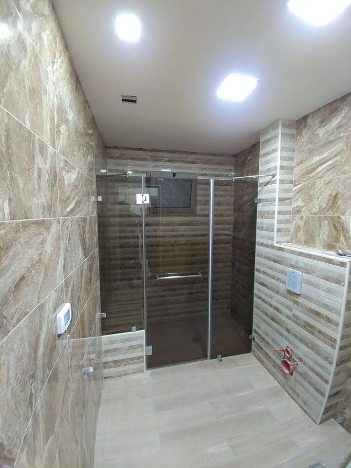 מקלחון חזית דוגמה 18