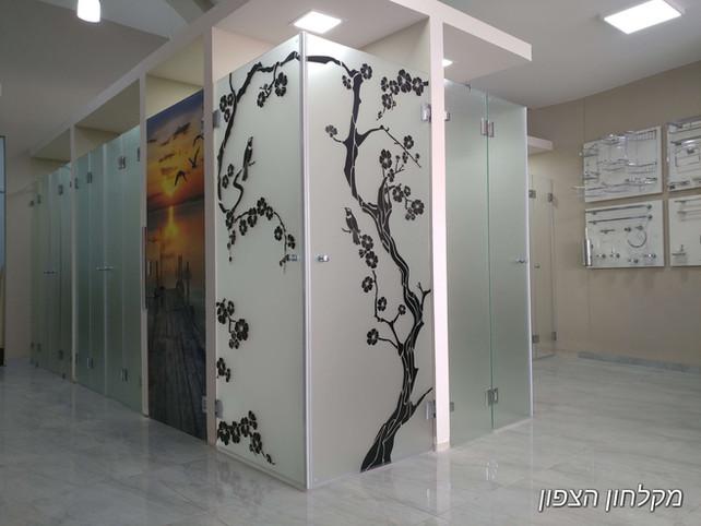 מקלחונים - צד שמאל 3