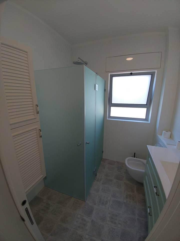 מקלחון פינתי דוגמה 10