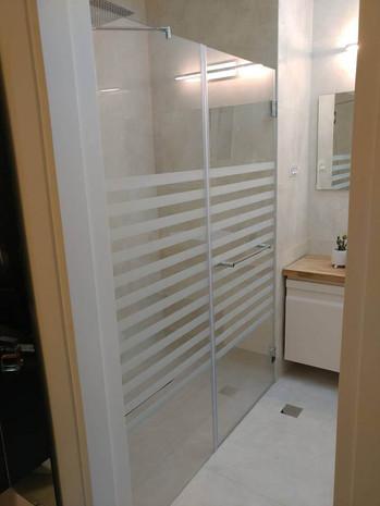 מקלחון חזית דוגמה 16
