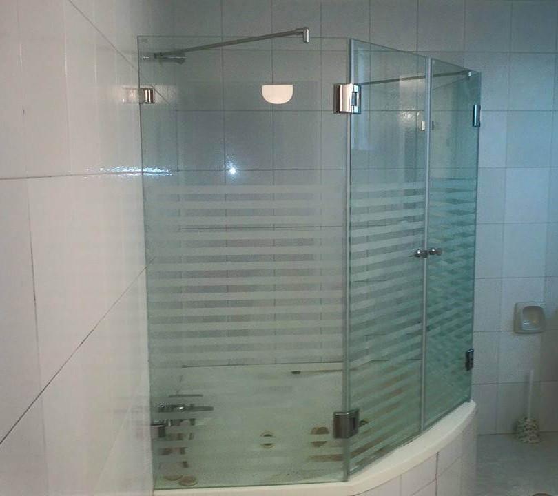 מקלחון אמבטיה דוגמה 3