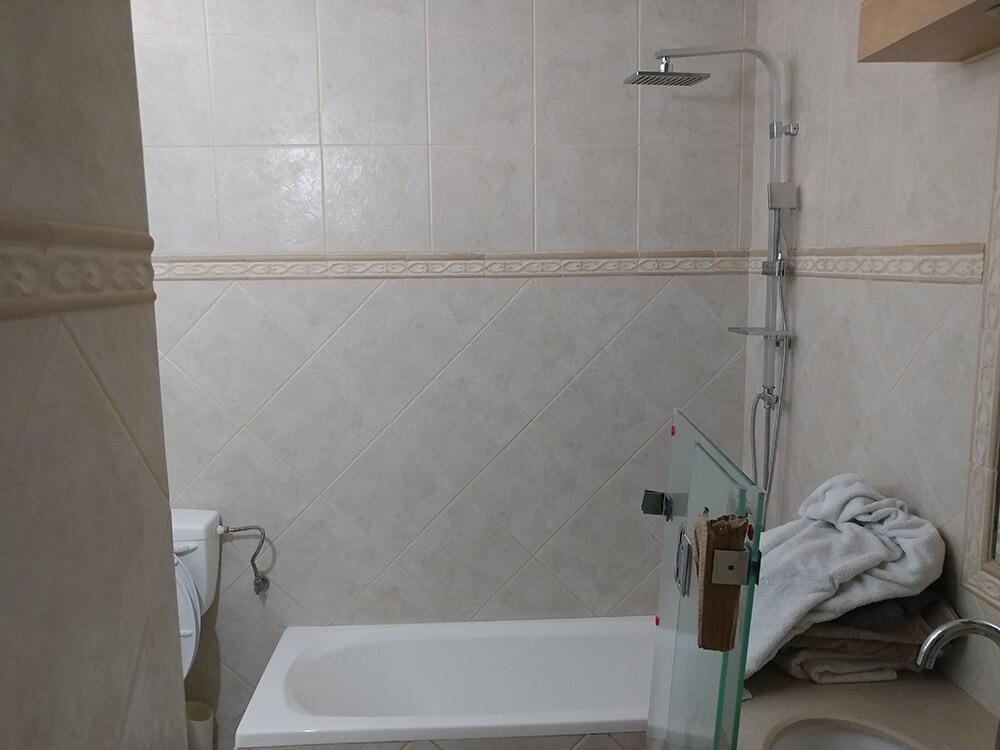 שלב ההכנה למקלחון האמבטיה